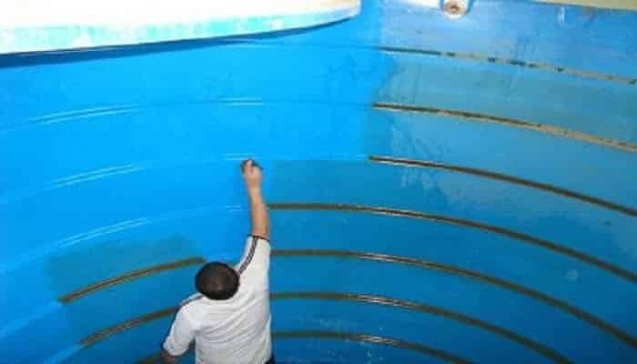 اصلاح تسرب المياه في الخزانات