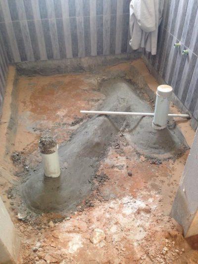 مشكلة تسربات الحمام بأيدي و كشف وإصلاح تسربات المياه بأملج
